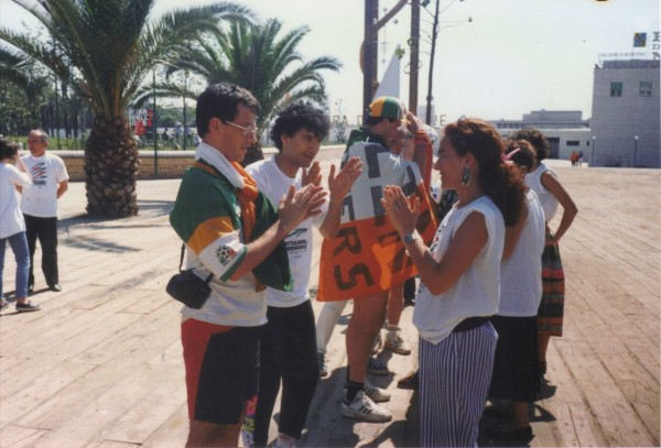 Irish Fans Mixing With Italian Fans - Italia '90